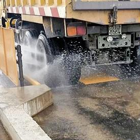 Dịch vụ rửa xe chuyên nghiệp của gara minh nhựt chuyên rửa xe tải, xe container khu vực quận 9, thủ đức, đồng nai, bình dương