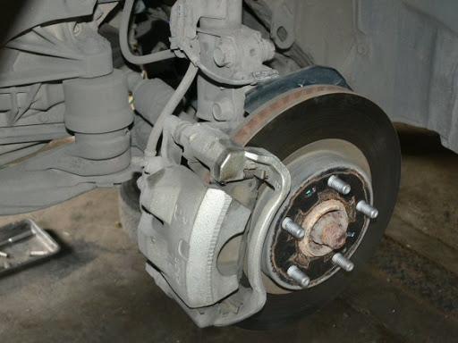 Bảo dưỡng Bánh xe tải - Gara xe tải Minh Nhựt -  - 14