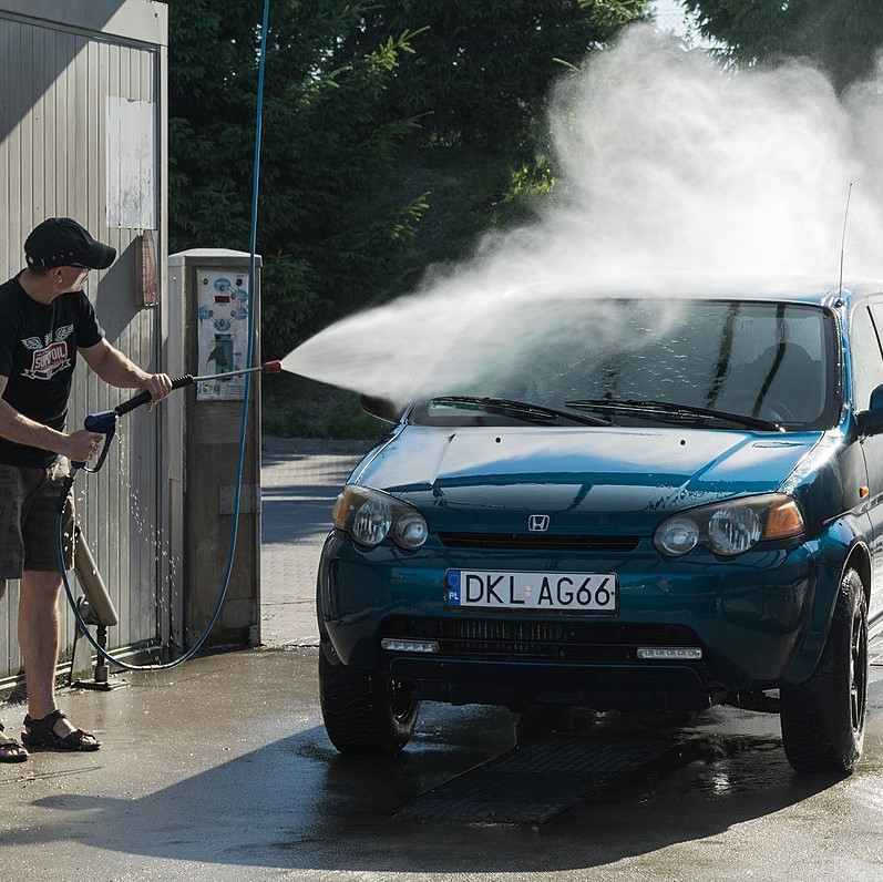 3 Điều bạn cần biết trước khi chọn nước rửa xe tải
