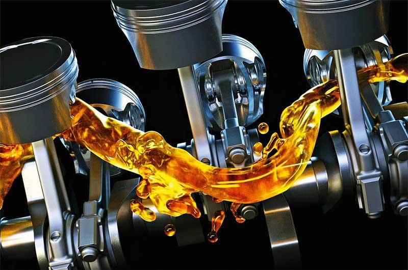 5 Sai lầm tai hại khi đổ dầu nhớt động cơ xe tải