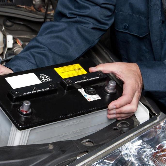Tìm hiểu từ A- Z về bình ắc quy xe tải