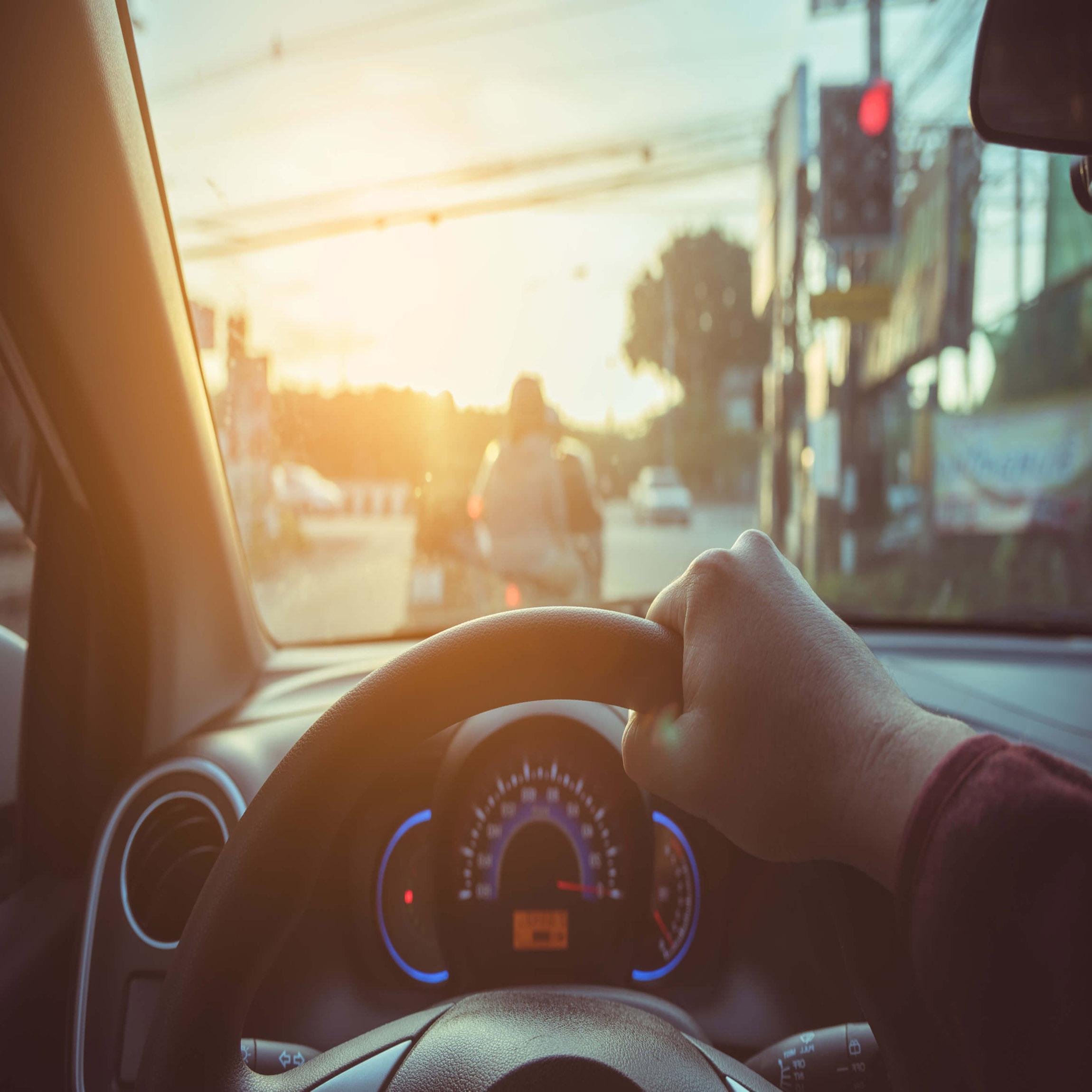 mẹo cho tài xế xe tải khi lái xe đường dài trong nắng