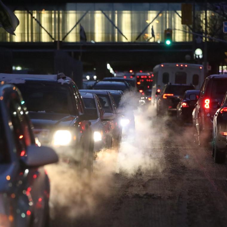 Mẹo giảm khí thải, khí độc xe tải trong quá trình vận hành