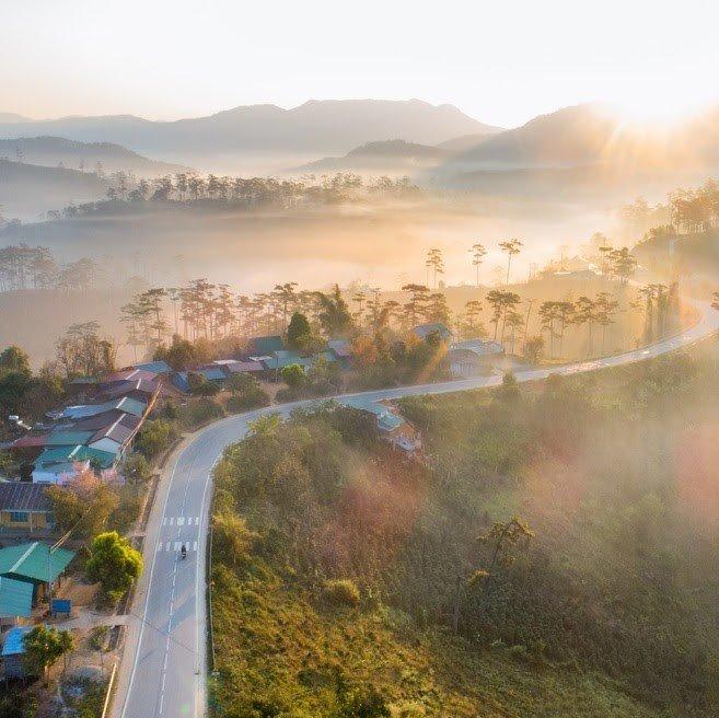 Kinh nghiệm lái xe trời sương mù tránh rủi ro đáng tiếc