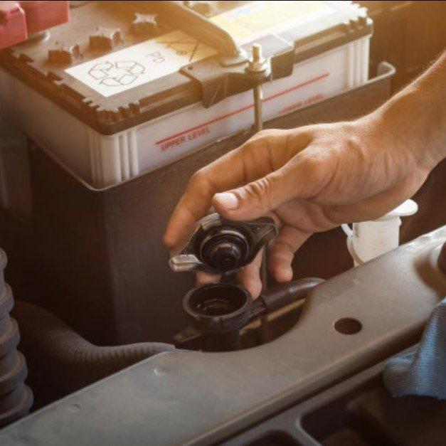 Từ A - Z về két nước xe tải và kinh nghiệm phát hiện sự cố với két nước xe tải